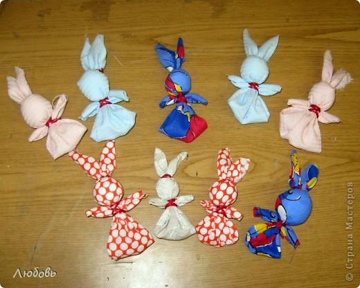 Мастер класс по изготовлению зайцев - Как сделать пасхального зайца своими руками - выкройки из ткани